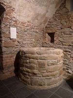 Brunnen aus dem 13. Jahrhundert